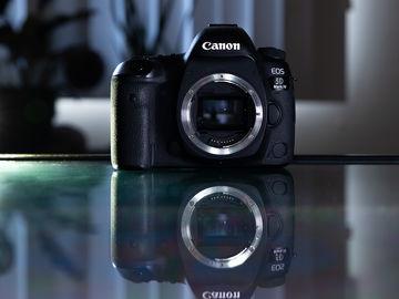 Canon EOS 5D Mark IV w/C-LOG