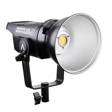 Aputure LS COB 120d II Fresnel LED (1 of 2)