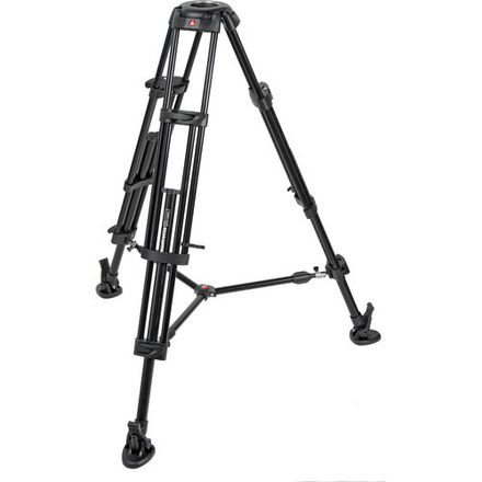 546B Pro Tripod with Mid-Level Spreader