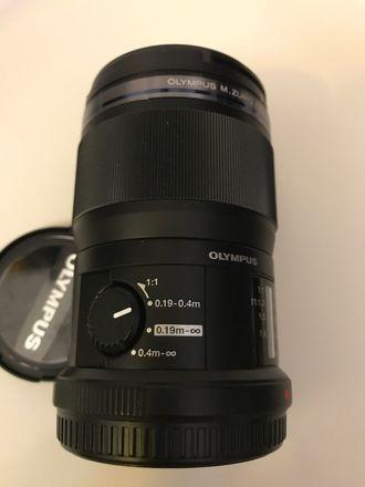 Olympus 60mm f/2.8 Lens Macro