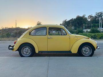 Rent: 1973 VW - Volkswagen Super Beetle - Sports Bug with driver
