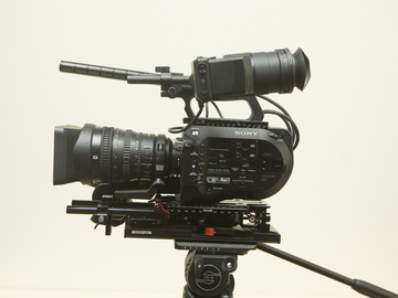 Sony PXW-FS7 4K XDCAM Super35 Camcorder Kit with 28 to 135mm