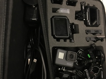 Rent: 3x Go Pro Hero5 - 3 camera setup with cards & batteries
