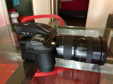 Rent: Phase One IQ250 Digital Back,Hasselblad H5X , 35-90mm Zoom