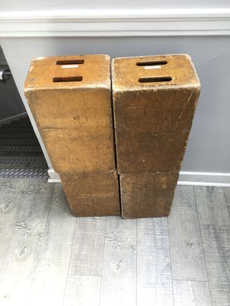 4 Full Apple Boxes