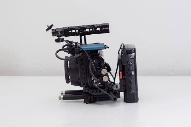 Blackmagic Pocket Cinema Camera 6K V-mount Kit