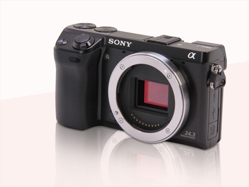 Rent: Sony a6000 W/ 25mm Veydra Lens *Package*