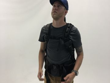 Rent: EasyRig Cinema 3 500N with Flex Vest and Arm (24-28.5 lbs)