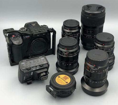 Panasonic GH5S Kit, Voigtlander Set, Sigma, SpeedBooster +