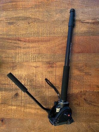Manfrotto MVH500AH Fluid Head with Sunpak Stick