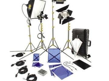 Rent: Lowel DV Creator 44 Kit with Case - 4 Lights