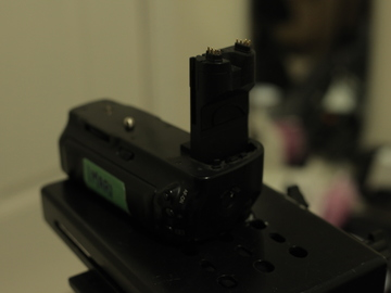 Rent: Canon 5D MKII Battery Grip