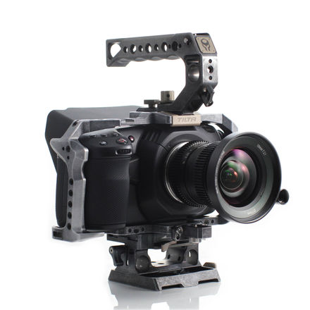 Blackmagic Design Pocket Cinema Camera 4K kit w/Cage