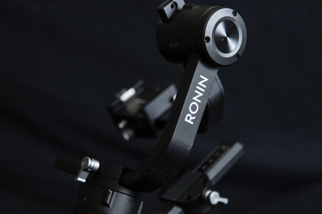 DJI Ronin-S 3-Axis 1-Man Handheld Gimbal