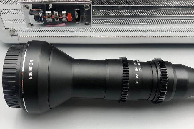 Venus Optics Laowa 24mm CINE Version f/14 Probe Lens for EF