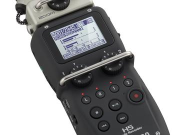Rent: Zoom H5 Handy Recorder with hardcase