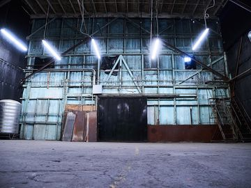 Rent: Studios 60 Grand 2 Stage