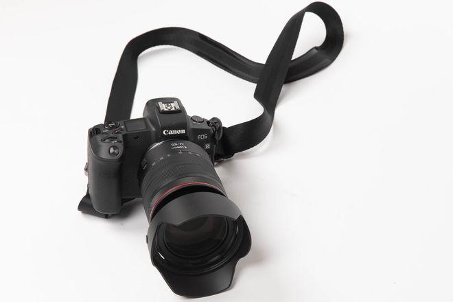 Canon EOS R Mirrorless Digital Camera with RF 24-105mm f/4L