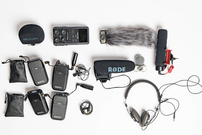 Zoom H6 with 2 RodeLink Wireless Lapel Mics, and more!
