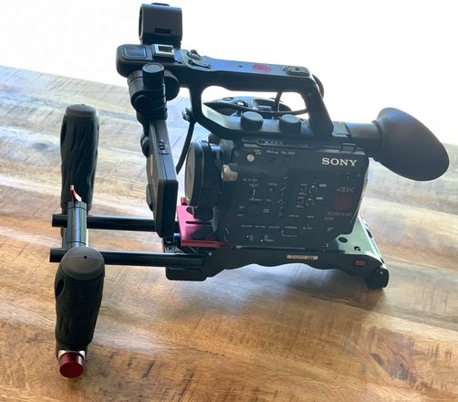 Sony FS5 Camera (Shooter's Package)