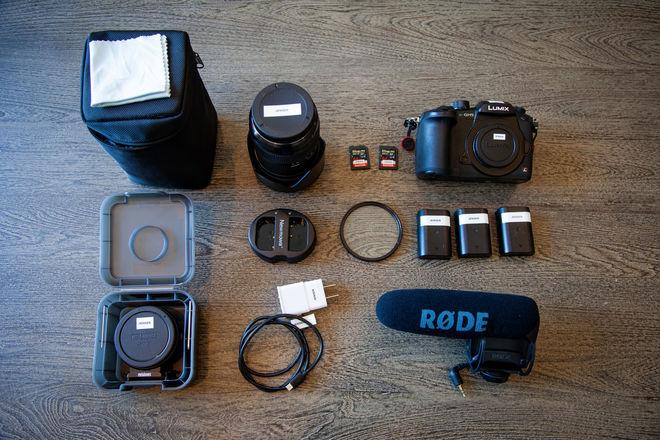 Panasonic GH5 Package (V-Log, Sigma 18-35, Videomic)