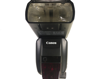 Rent: Canon SpeedLite 600 EX-RT - Flash Light