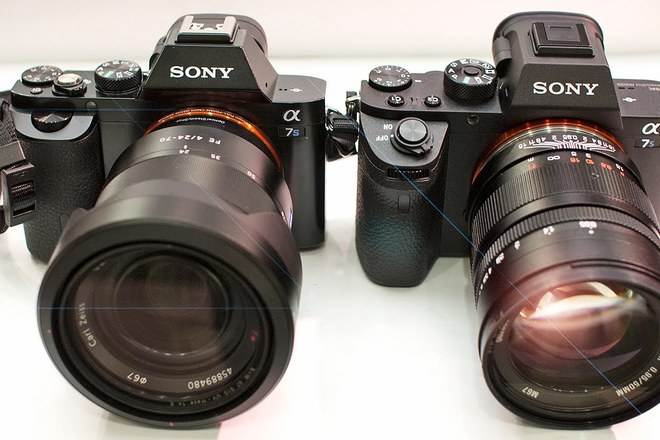 2x Sony a7S Package