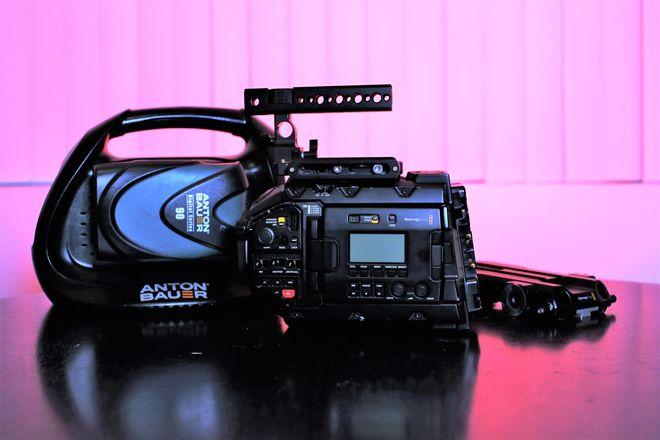 Blackmagic URSA Mini Pro w/ Shoulder Kit, Batteries, Media