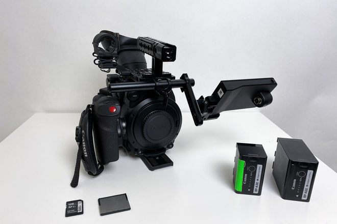 Canon C200 with batteries, cfast, SD