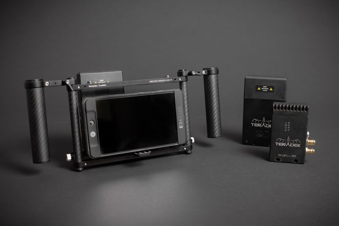 Wireless Director's Monitor Package + Bonus Receiver