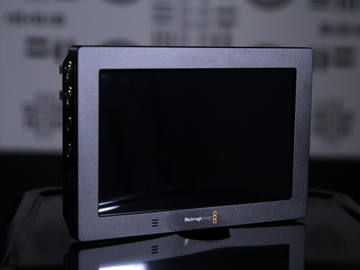 On-Board Monitor Blackmagic Design Video Assist 4k Kit