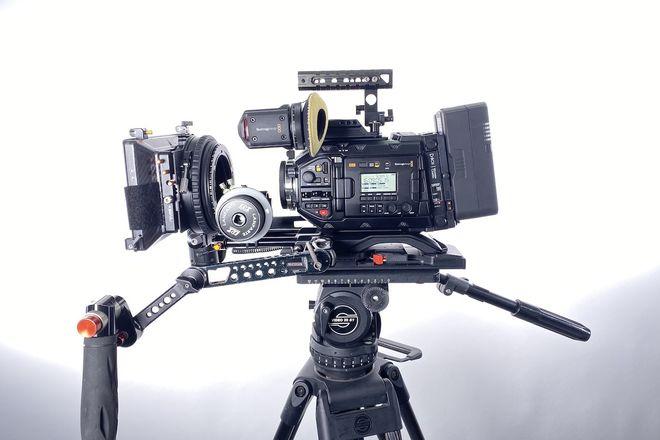 2nd Gen URSA Mini Pro G2 Deluxe Package 4.6k EF/PL