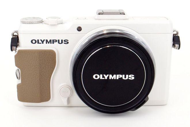 Olympus Stylus XZ-2 Advanced Compact Camera