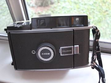 Rent: Polaroid 110B 4x5 Conversion Camera