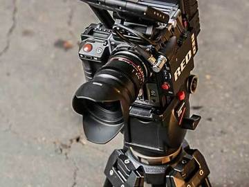 Rent: Red Scarlet MX