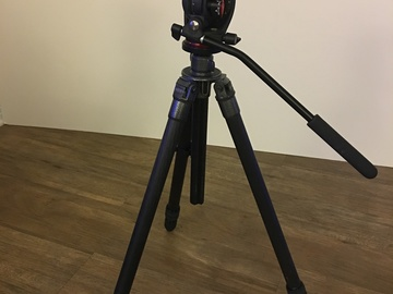 Lightweight Gitzo Carbon Tripod with Manfrotto head