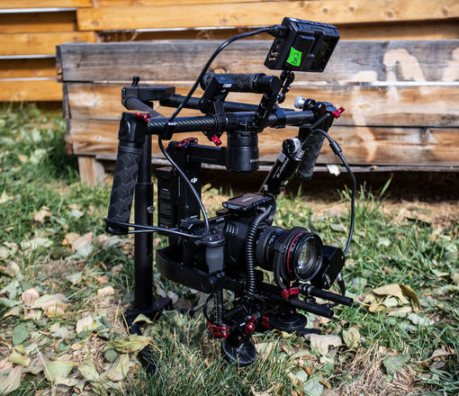 Blackmagic Design Pocket Cinema Camera 6K (Gimbal Kit)
