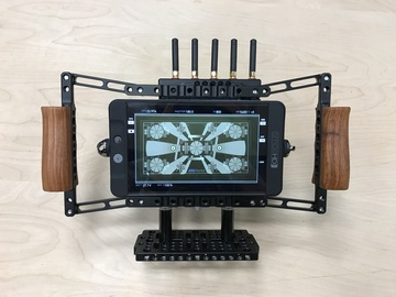 Rent: SmallHD 702 Bright and Paralinx Handheld Monitor Kit