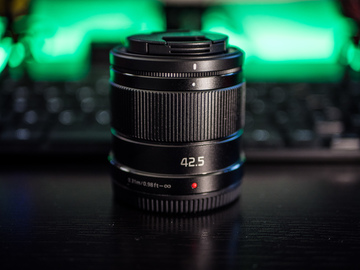 Rent: Panasonic LUMIX G 42.5mm f/1.7 ASPH. POWER O.I.S. Lens!