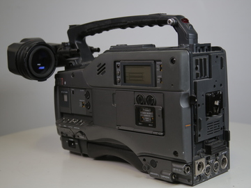 Rent: Sony Betacams for rent as props or to shoot