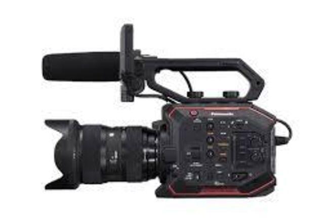 Panasonic AU-EVA1 Documentary Set-up Package