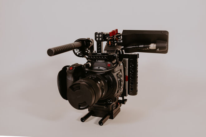 Canon EOS C200 Full Production Kit