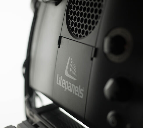 Litepanels Astra 1x1 6x Bi-Color - with V-Mount Batteries