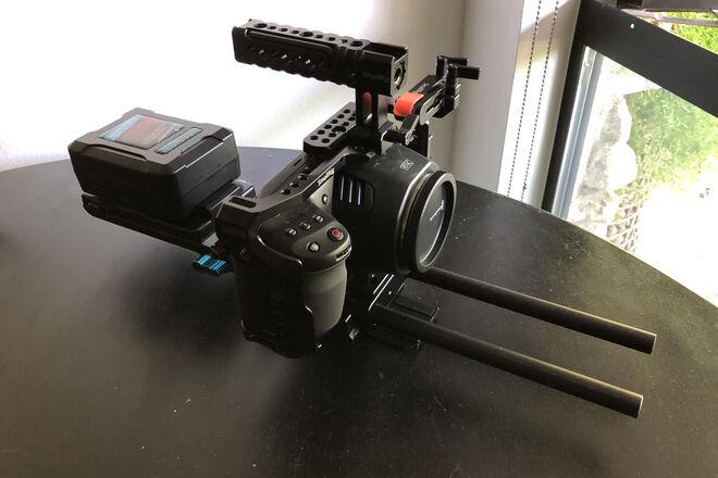 Blackmagic Design Pocket Cinema Camera 6K (V-mount Kit)