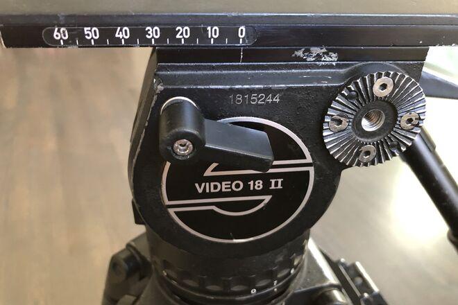 Sachtler Video 18 II w/ 2-Stage CF Sticks, ground spreader