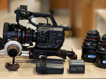 Rent: Sony FS5 Cinema Kit