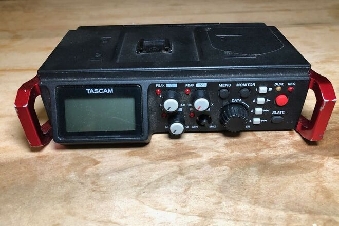 Tascam DR-701D 6-Track Field Recorder