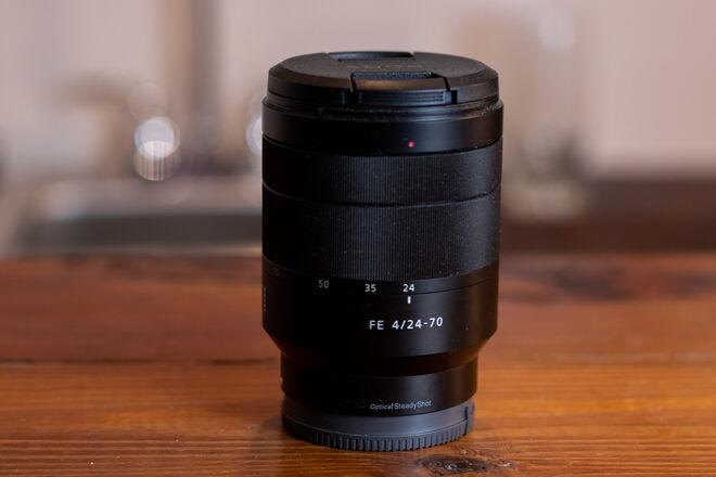 Sony E 24-70mm f/4 Zoom Lens
