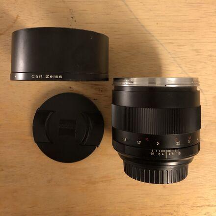 Zeiss Classic Planar 85mm f1.4