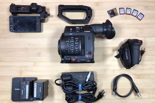 Canon EOS C200 W/ Memory, Power and Case